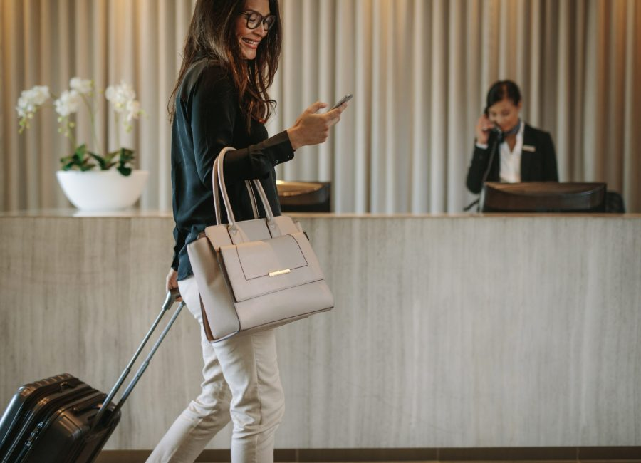 rmda-ss-travel-industry-woman-walking.2560.1707