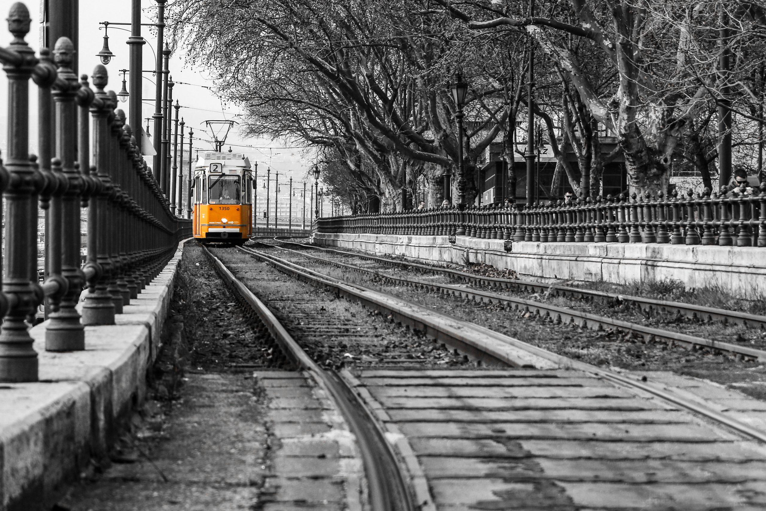 rmda-ss-backround92-transportation-yellow-tram-black-white-background.3778.2519